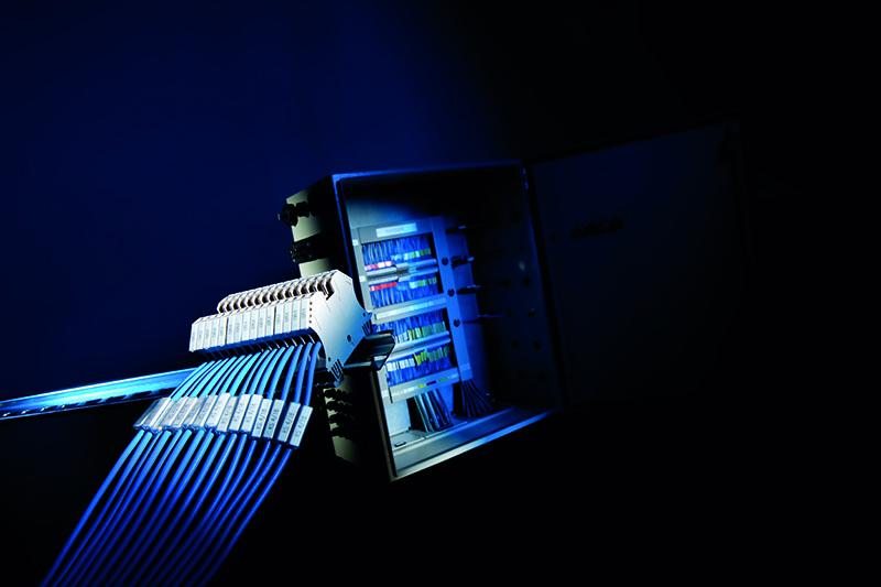 Etichete pt producatorii cunoscuti precum Schneider Electrice, Eaton, Weidmuller, Phoenix Contact,Wago, ABB Siemens, Wieland, Telemecanique