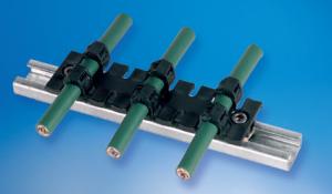Ghidarea si rutarea cablurilor direct pe sina de fixare