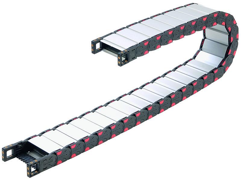Lant portcablu metalic. Protectie in medii grele si industria grea. Aplicatii cu aschii de metal sau lemn.
