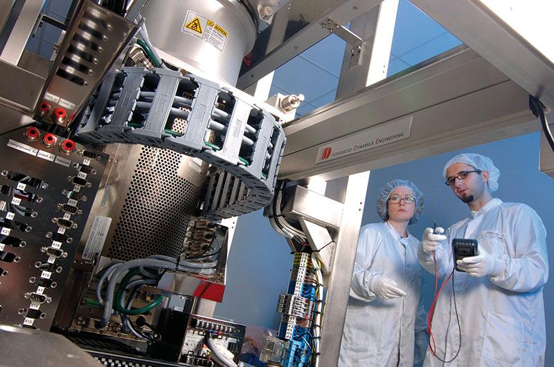 Lanturi portcablu camere sterile, clean room. Aplicatii in medii curate in incaperi sensibile. Institutul Fraunhofer Stuttgart - IPA - Institutul de tehnica de Productie Automatizare