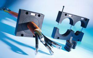Tranzitul cablurilor mari cu conector, cabluri pre-asamblate, cabluri cu mufa